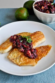 Crispy Honey Lime Tilapia with Blueberry Salsa | howsweeteats.com