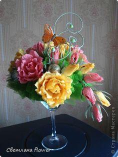 оформление цветочной композиции из фома