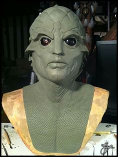 Thane Krios from Mass Effect - Plasteline lifesize bust by Thomas Buhan (Syn)