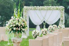 White Flowers Decoration - Bridal Decoration - Cretanweddings - Vow Renewal Abroad - Romantic wedding - Getting married in Crete - Wedding planning services