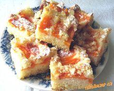 Meruňkový koláč Czech Recipes, French Toast, Breakfast, Czech Food, Kuchen, Morning Coffee