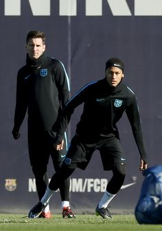 FanZentrale Neymar - 23.11.2015 Training Session Photo by MIGUEL...