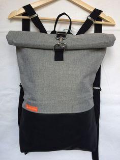 Der Büdel Wunder Lederrucksack ist ein absolutes Unikat. Er bietet dir viel Platz und sieht dabei auch noch gut aus :) Die Schultergurte lassen sich auf deine persönliche Länge einstellen. Der...