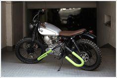 CRD's '95 Yamaha SR 250 -'Atomica'