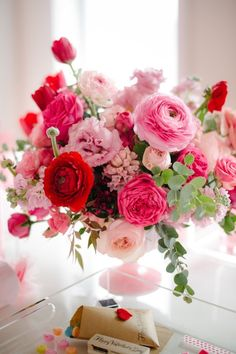 Beautiful pink floral centerpiece!