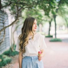 It's beginning to look (and feel) a lot like summer around here! More from this @bowlinestyle shoot on the blog today, recently featured on @cottagehillmag - scans by @photovisionprints #courtneyleighphotography #cottagehill #silvercupartist #fujifilm #film #houstonphotographer #houstonfilmphotographer #fuji400h #photovision
