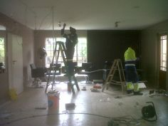 Lighting gets sorted, by Pedro and his team
