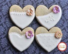 Articles similaires à J'ai les biscuits en forme de coeur amour vous (une douzaine) - Valentin cookies - Bridal Shower Favors - dragées mariage - mariage de cookies sur Etsy