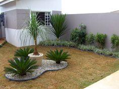 Modelos de jardins residenciais para frente de casa Decorando Casas Jardinagem residencial Jardins pequenos Jardins residenciais
