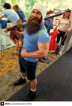 What if Finn the human from 'Adventure Time' grew into a man? He'd probably look a little something like this dude, a guy who cosplays as Future Finn with one seriously amazing beard. Hallowen Costume, Cool Halloween Costumes, Cosplay Costumes, Costume Ideas, Awesome Costumes, Group Halloween, Halloween 2019, Halloween Outfits, Halloween Stuff