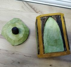 A lidded shrinkpot i just finished #thenewwoodculture #treen #sloyd #slöjd #shrinkpot #woodcraft #handmade