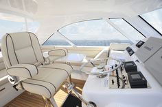 Hatteras Yachts | 45 Express Yacht for Cruising
