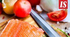 Ruokabloggaaja ja ruokakirjailija kertoo uudessa kirjassaan, ettei kalaruokien tekeminen ole vaikeaa.