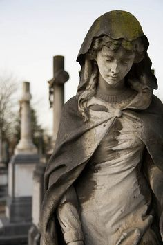 Stone Statues of Women... Gorgeous.
