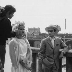 AGNÈS  VARDA  |   LES FIANCÉS   DU PONT  McDONALD  |  1961    |    #AgnèsVarda giving strict instructions to  #JeanLucGodard and #AnnaKarina