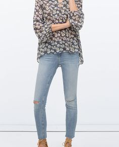 Image 2 of RIPPED SKINNY JEANS from Zara