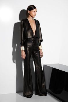 Balmain Resort 2015 Fashion Show – Leather Style I Love Fashion, Passion For Fashion, High Fashion, Fashion Show, Womens Fashion, Fashion Design, Fashion Rocks, Fashion 2018, Runway Fashion