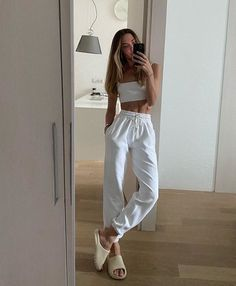Trendy Outfits For Women, Lazy Outfits, Cute Comfy Outfits, Sporty Outfits, Summer Outfits, Formal Outfits, White Outfits, Office Outfits, Lounge Outfit