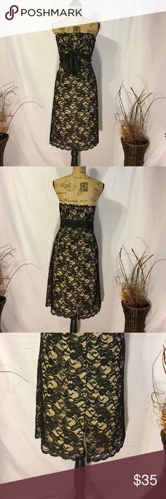 WHITE HOUSE BLACK MARKET DRESS Sexy and beautiful dress good condition White House Black Market Dresses