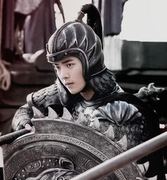 Luhan the great wall << I just saw this movie and it was stunning.. it's too bad that his part wasn't bigger.. he was very moving.. very touching, but also sexy as hell in that armor.. very manly indeed...