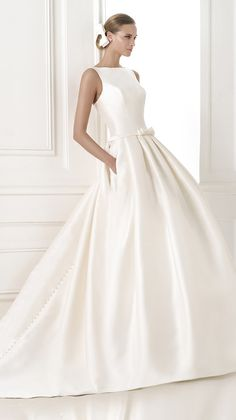 2015 Collections - PRONOVIAS
