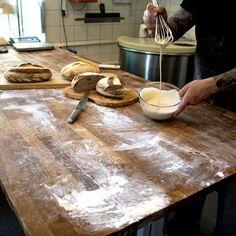 Healthy Baking, Butcher Block Cutting Board, Yummy Treats, Baking Recipes, Vegetarian Recipes, Good Food, Veggies, Food And Drink, Favorite Recipes