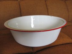 Red and white enamel bowl.