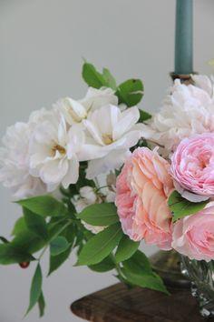 Laetitia Mayor   floresie.com, roses and peonies from my cuttin garden. #florésie #gardenroses #peonies #soft #romantic #flowers