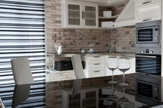 Apartment for rent in Sofia, Bulgaria. Modern handcrafted kitchen at Cleves Este apartment. Sofia, Bulgaria