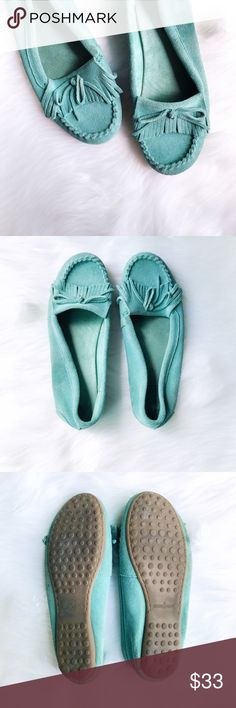 Minnetonka Kilty Moccasins The handmade Kilty moc is Minnetonka's most popular moccasin, featuring soft suede leather and lightweight rubber sole. This turquoise pair has only been worn a handful of times and is perfect for summer!  ✅Offers On Items Over $10 ✅Bundle & Save 🚫Trades 🚫Off-Posh 🚫Modeling  💞Shop with ease; I'm a Suggested User.💞 Minnetonka Shoes Moccasins