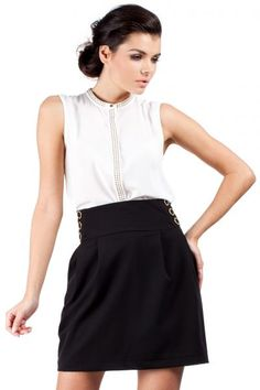 Classic Ladies skirt with decorative buttons