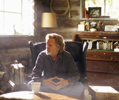If it hadn't been for Music City, Kris Kristofferson probably wouldn't have lived to tell his many singular stories - Kris Kristofferson, Nashville, Musicians, Magazine, City, Friends, Amigos, Magazines, Cities