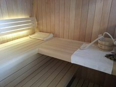 Close-up from a sauna interior walls in alder, benches in abachi/aspen made by abisco.be ®