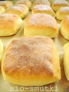 Sio-smutki: Śniadaniowe bułki z mlekiem w proszku Homemade Dinner Rolls, Good Food, Yummy Food, Polish Recipes, Bread Rolls, Bread Baking, My Favorite Food, Baked Goods, Food To Make