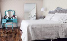 Conheça nossa super seleção com mais de 61 fotos de quartos azul turquesa / tiffany para você se inspirar.