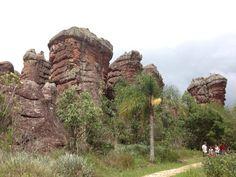 Formações rochosas de arenito são atrativos do Parque Estadual de Vila Velha, no Paraná- Brasil