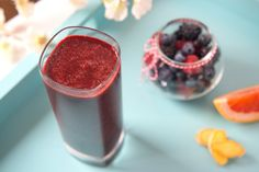 Tart Berry Blast  INGREDIENTS 1 Cup Kale ¼ Grapefruits 1 Cup Mixed Berries ½ Inch Ginger 1 ½ Cups Coconut Water  DIRECTIONS Add all ingredients to your Tall Cup and extract for 40 seconds, or until smooth.