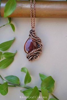 Red Agate Fantasy Wire Wrapped Pendant. Dark Red Gemstone Pendant. Unique Gypsy Jewelry. Handmade Bohemian Crystal Neckkace. Copper Jewelry