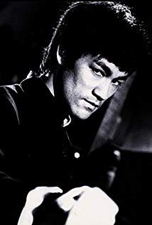 Bruce Lee, Actor: Enter the Dragon. Bruce Lee remains the greatest icon of… Brandon Lee, Men In Black, Bruce Lee Fotos, Bruce Lee Pictures, 17 Kpop, Bruce Lee Martial Arts, Jeet Kune Do, Martial Arts Movies, Martial Artists