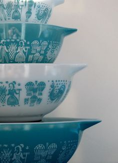 vintage pyrex - from the thrift store:)