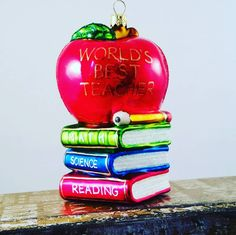 Show your child's teacher how much you care with our World's Best Teacher ornament.  #glassornaments #teacherornament #christmasintx #decorations #merrychristmas #ornaments #shabbychic #romantichomesmagazine glass Christmas ornament www.vintagetreasures-ornaments.com