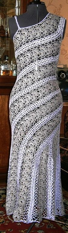 Fabulous Crochet a Little Black Crochet Dress Ideas. Georgeous Crochet a Little Black Crochet Dress Ideas. Crochet Skirts, Crochet Blouse, Crochet Clothes, Knit Dress, Irish Crochet, Crochet Lace, Crochet Tops, Crochet Designs, Crochet Patterns