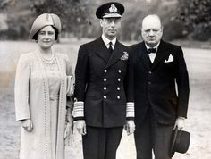 King George VI and Queen Elizabeth (the Queen Mother), accompanied by Prime Minister Winston Churchill, tour the grounds of Buckingham Palace on September George Vi, Prinz Charles, Prinz William, Winston Churchill, Churchill Quotes, Sandringham House, Commonwealth, Royal Words, King's Speech