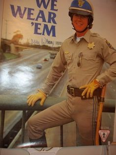 Chips Series, Larry Wilcox, 70s Tv Shows, We Wear, How To Wear, Hot Cops, Star Show, Men In Uniform, Anne Of Green Gables