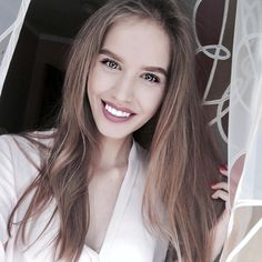 """Когда пара фильтров сделали из тебя """"собаку-улыбаку"""" ����♀️ Даже не верится, что до этого практически все мои селфи были на 4 iPhone , да и 90% моего инста - это все старания моего старого и доброго айфончика. #weekend#holidays#summer#mood#model#blonde#girl#friends#happy#party#hse#hselife#hsesocial#student#insta#moscow#russia#blog#blogger#vsco#vscocam#vscomoscow#vscorussia http://butimag.com/ipost/1553652960989436548/?code=BWPryLsAlqE"""