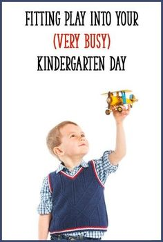 Play is essential in Kindergarten! This post describes a simple daily routine you can implement, and ideas for incorporating play into your busy Kindergarten school day. Kindergarten Daily Schedules, Kindergarten Activities, Kindergarten Photos, Preschool Lessons, Educational Activities, Fun Activities, Problem Based Learning, Play Based Learning, Family Day Care
