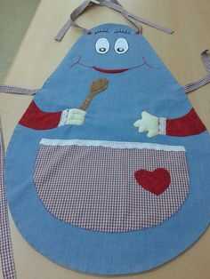 This Pin was discovered by Esr Sewing Hacks, Sewing Crafts, Cool Aprons, Sewing Aprons, Sewing Projects For Kids, Kids Room Design, Clothing Patterns, Diy Clothes, Gifts For Kids