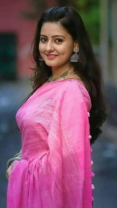 Southa Indian Actress Cute Looks ★ Desipixer ★ Beautiful Saree, Beautiful Indian Actress, Beautiful Ladies, Beautiful Models, Beautiful Actresses, Beautiful People, Beauty Full Girl, Beauty Women, Fair Complexion