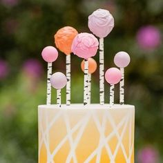 No 4 in my #autumntheme today - cute #weddingcake with #cakepops of colour #autumnwedding #autumncolors #autumncolours #autumnfood #weddingfood by @fabyoubliss #lemon #orange #pink #colourinspiration #colorinspiration #weddingblog #weddingblogger