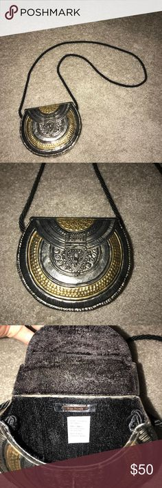 free people tambourine bag cross body purse This is brand new never used. Adorable can be worn on shoulder or as a cross body. Free People Bags Crossbody Bags